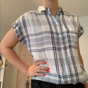 American Eagle Plaid Short Sleeve Button Up